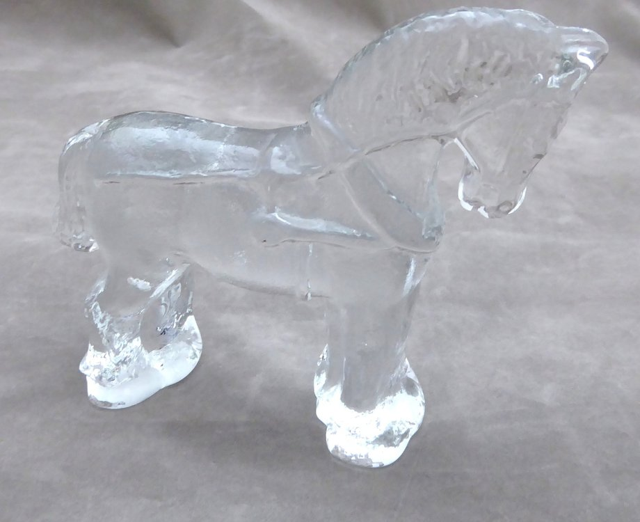 KOSTA BODA GLASS ZOO SERIES HORSE