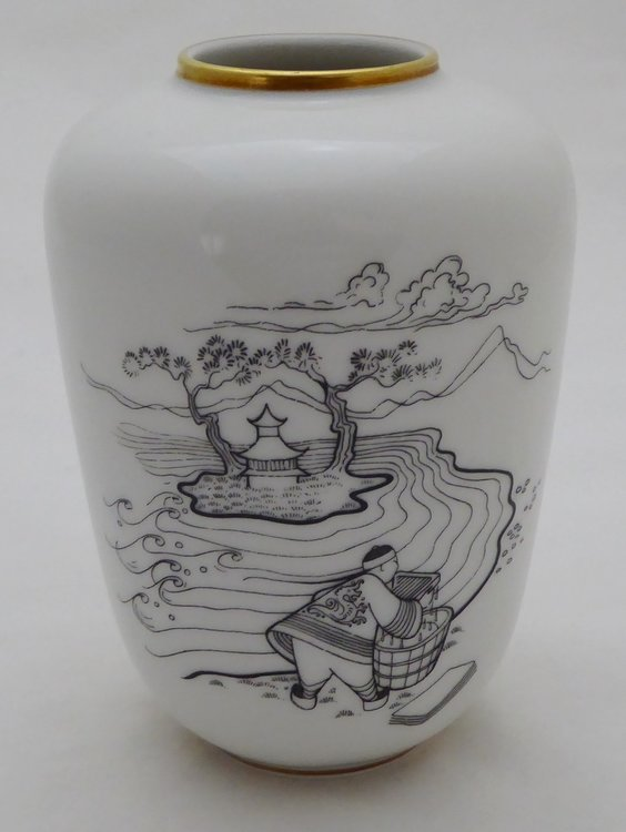 ROSENTHAL VASE WITH DECOR