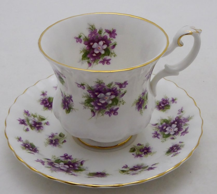 ROYAL ALBERT SWEET VIOLETS CUP AND SAUCER