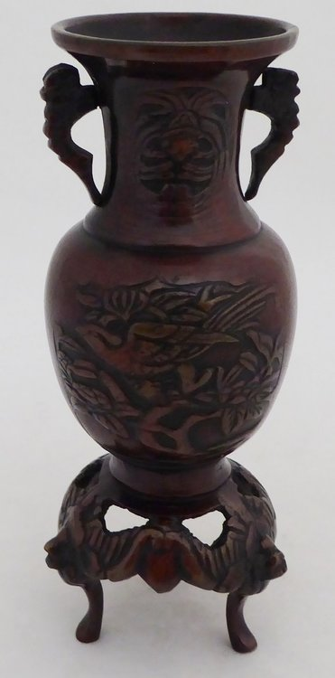 CHINESE BRONZE VASE WITH A PHOENIX