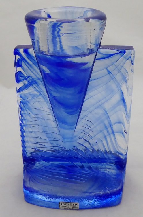 KOSTA BODA GLASS ICE AGE CANDLE HOLDER KJELL ENGMAN