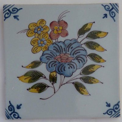 MAKKUM TILE FLOWER